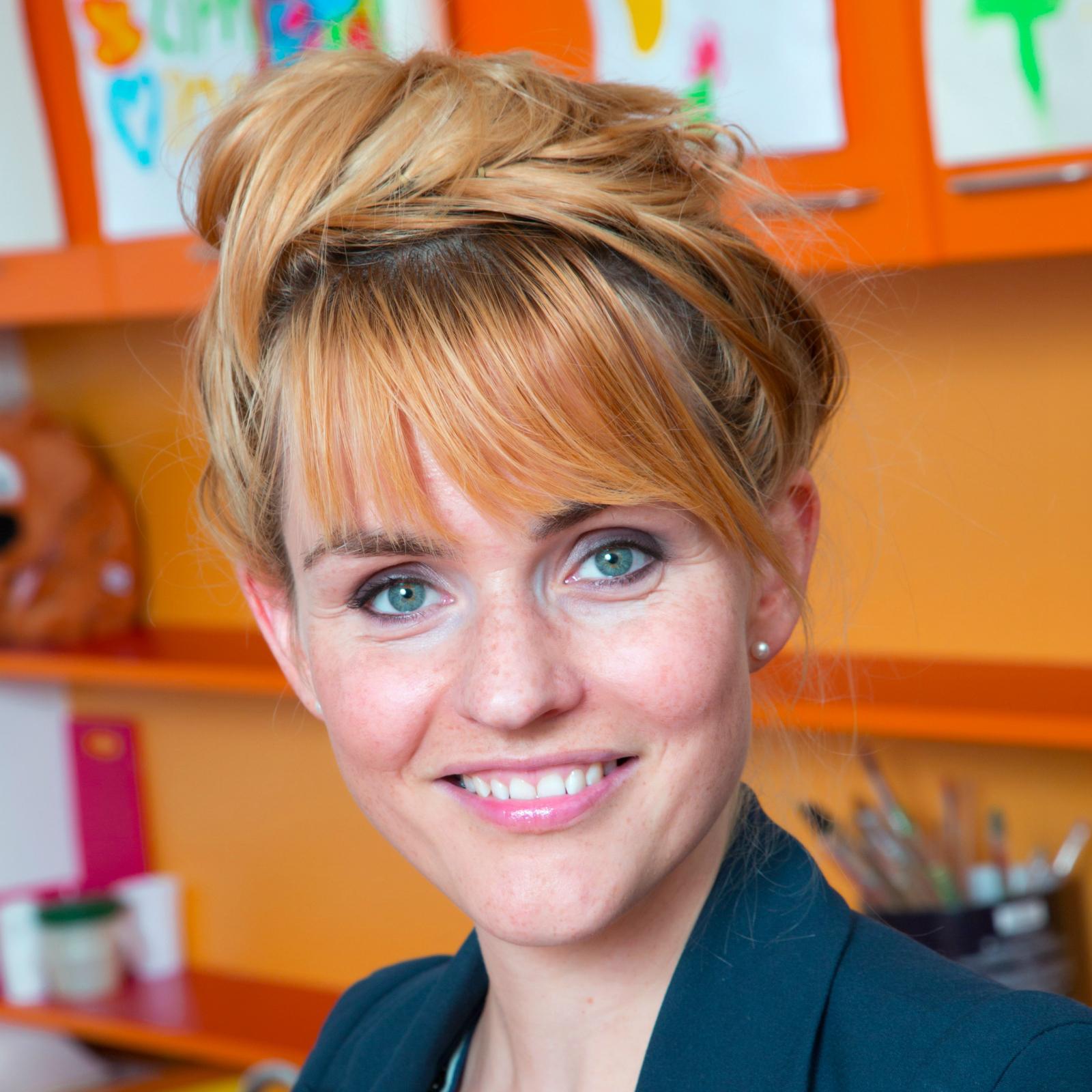 Sofie van den Enk recibió un salario de  millones de dólares, dejando un patrimonio de 2 millones en 2018