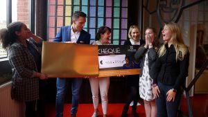 Cheque-onthulling-web